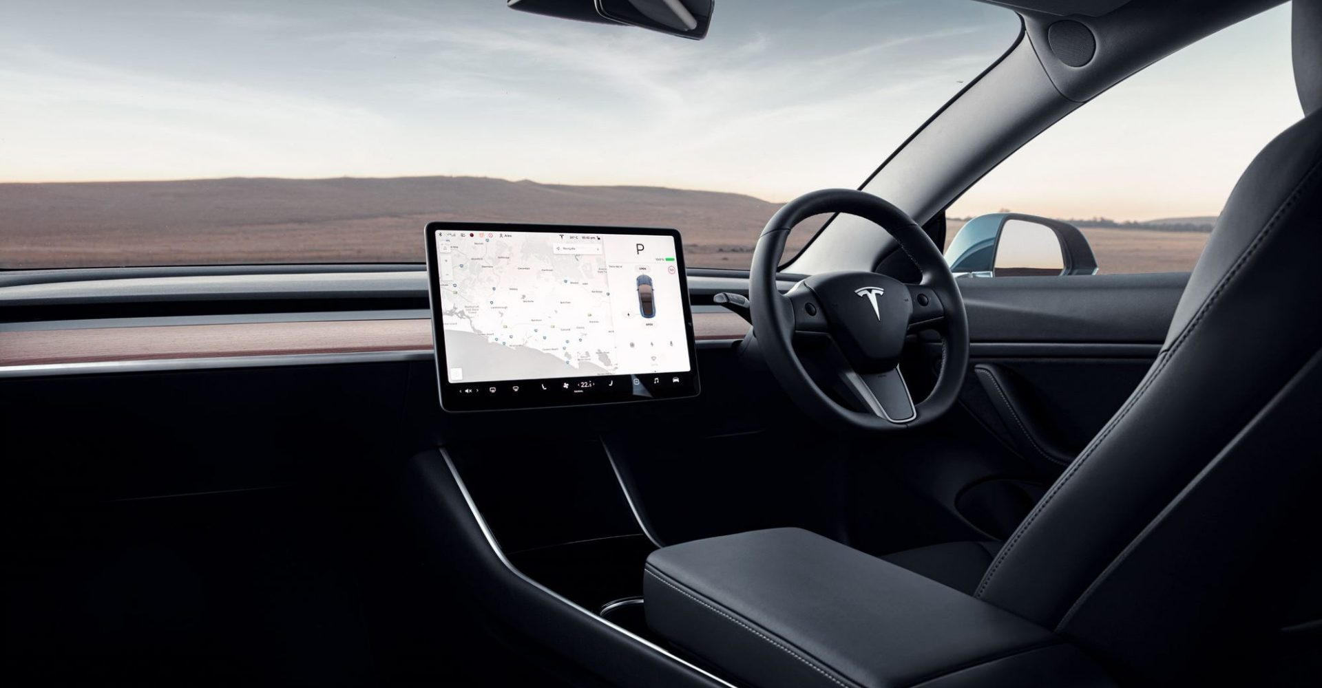 Tesla touchscreen should be treated as a distracting electronic device, says German court