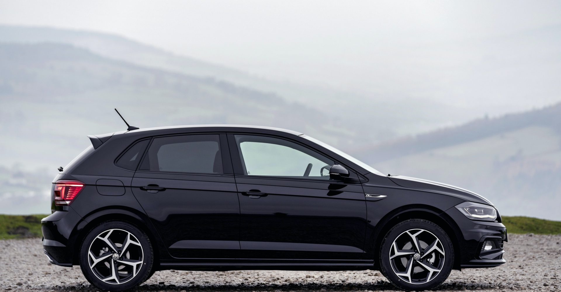 Black remains top car colour but white surges in popularity