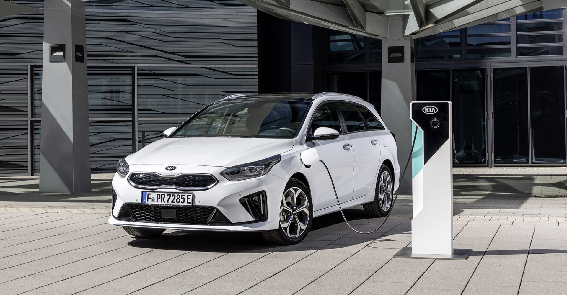 First Drive: The Kia Ceed SW PHEV brings a great mix of efficiency and practicality to the estate car class