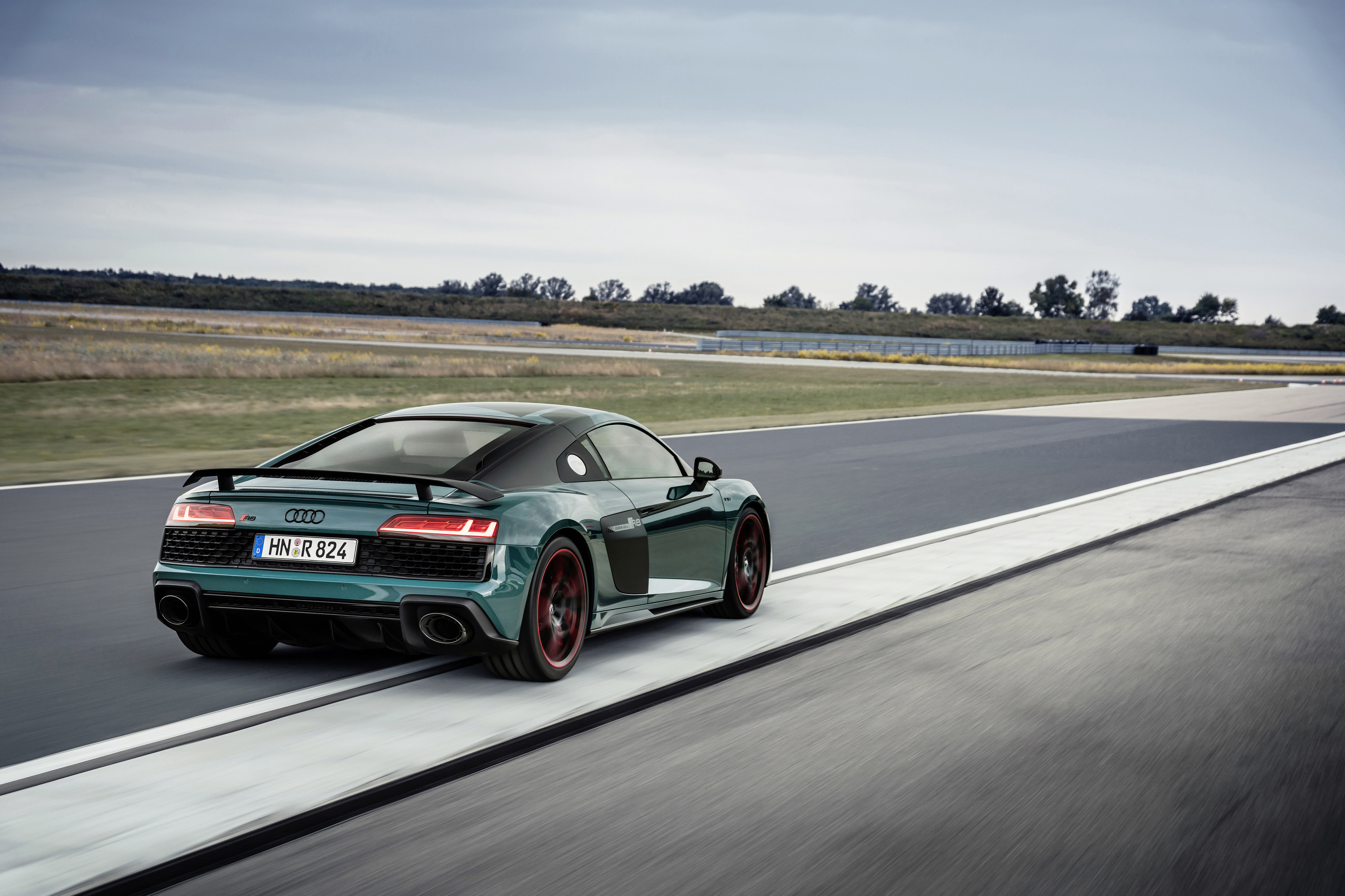 R8 Green Hell