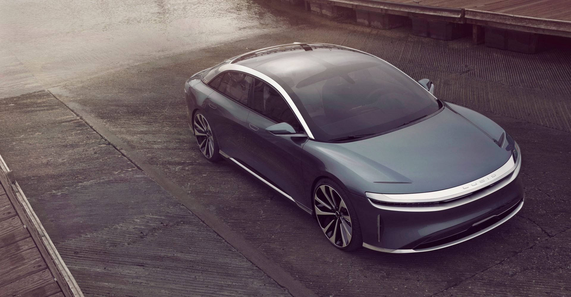 Lucid Air EV revealed with 517-mile range