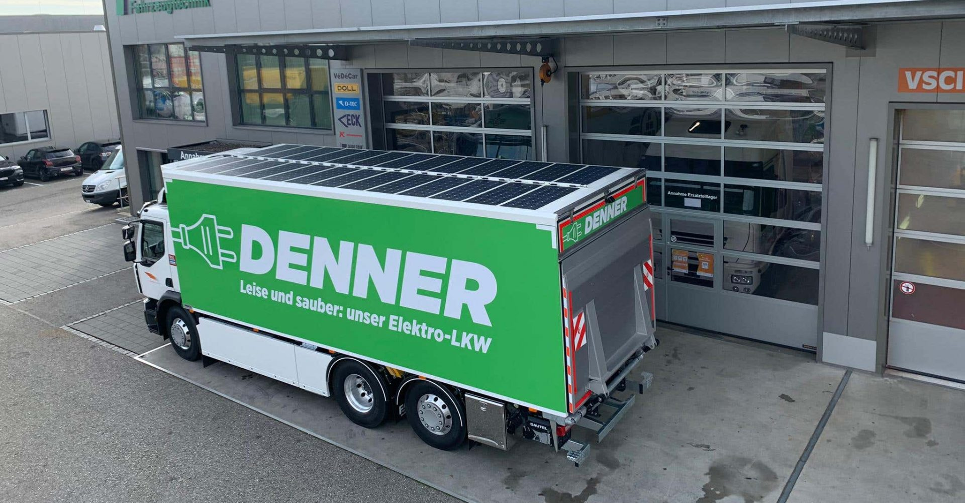 Renault fits electric truck with solar panels for its refrigeration unit
