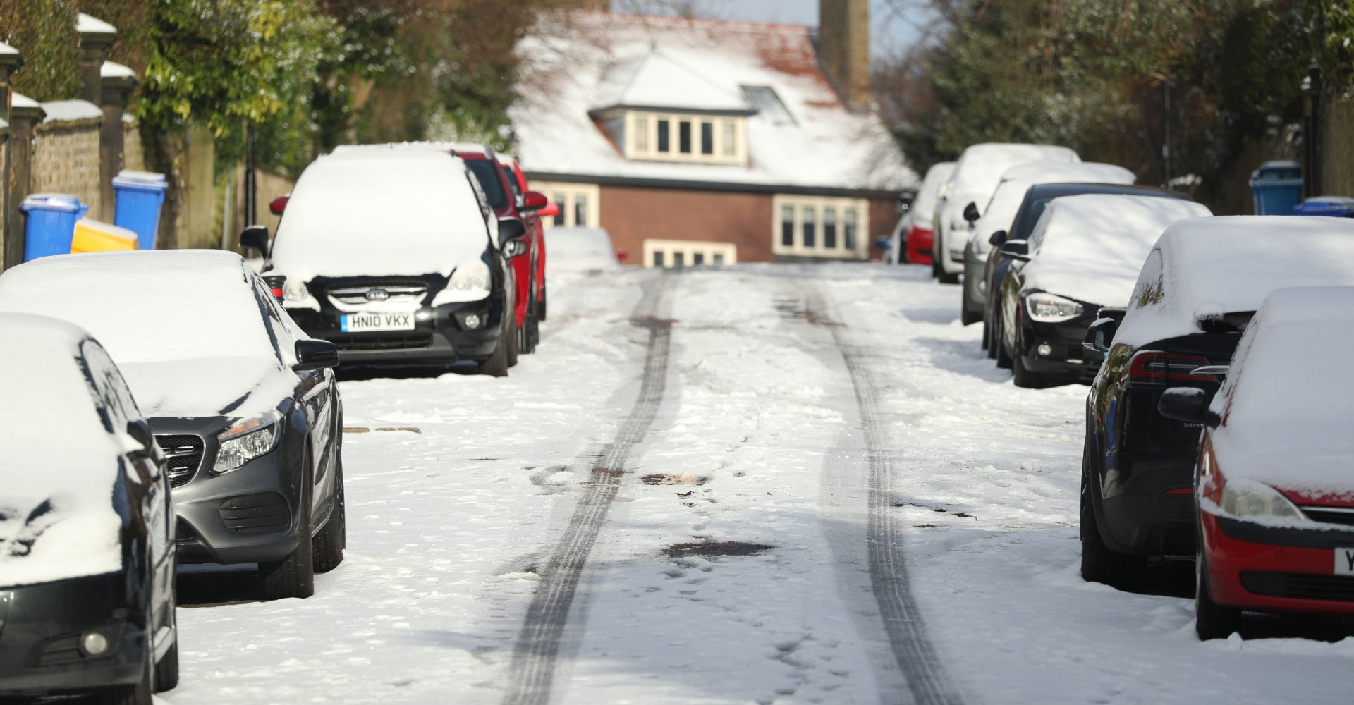 How can cold weather affect my car?