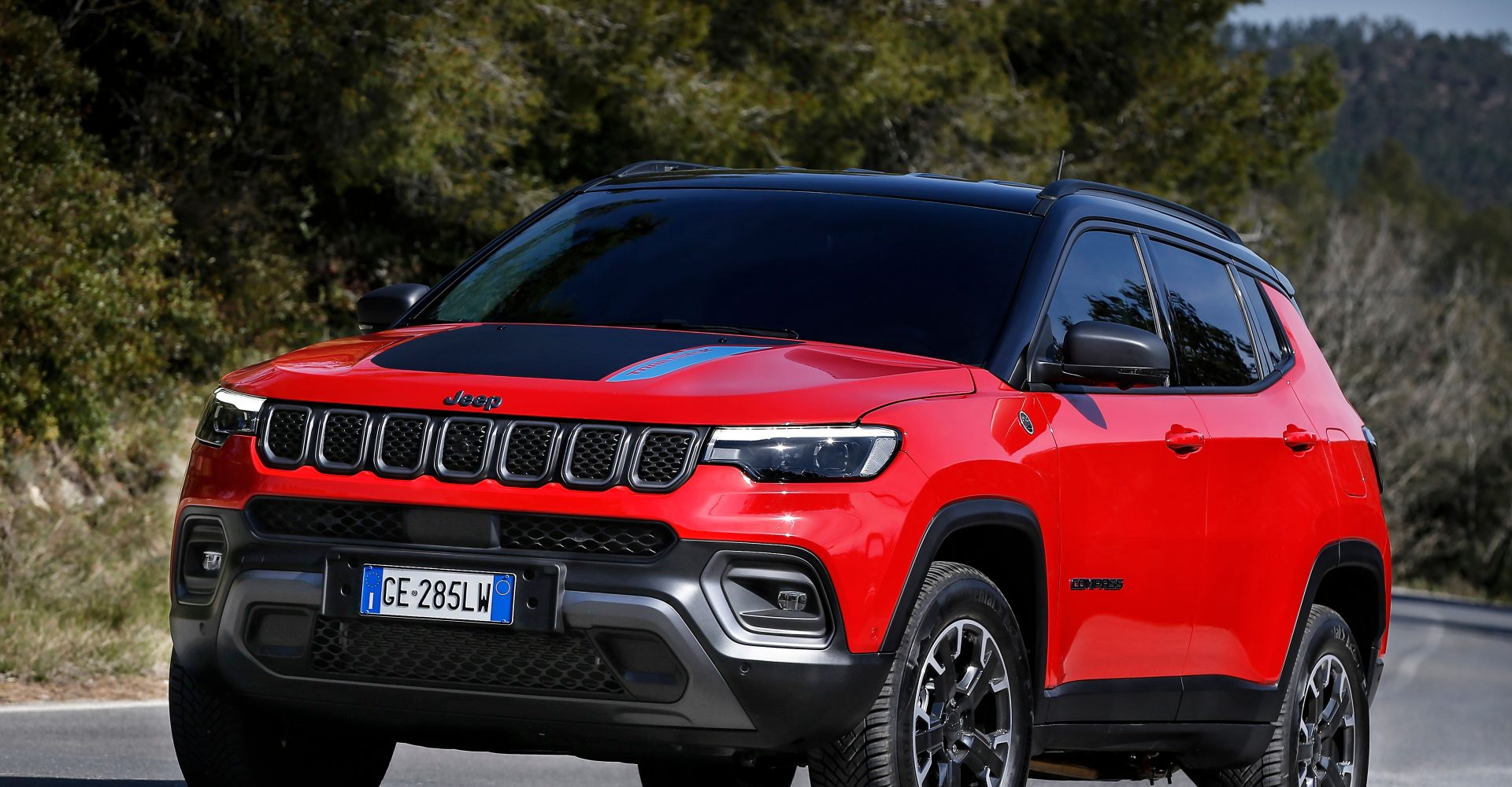 New Jeep Compass brings design upgrades and plug-in hybrid options