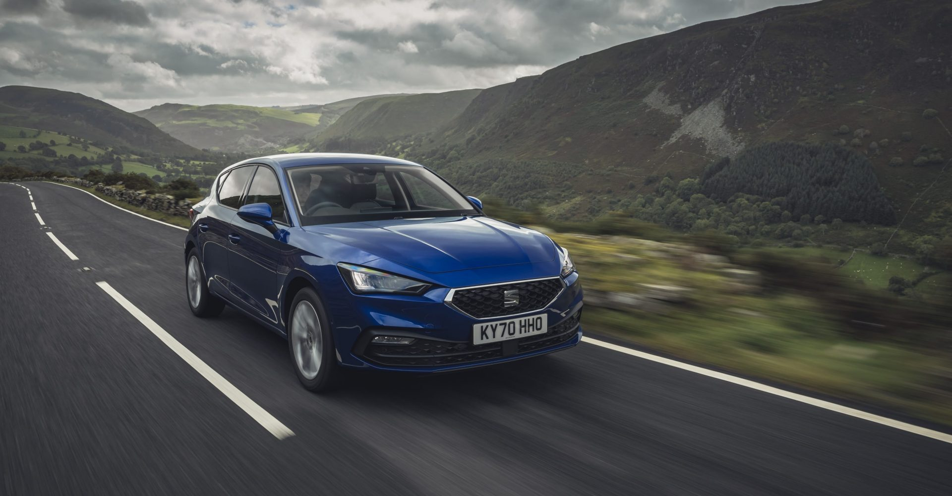 Seat reveals pricing for expanded Leon range