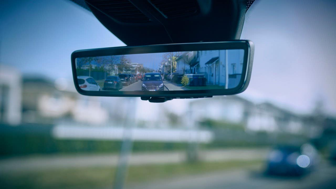 New 'Smart Mirror' from Ford gives van drivers better rear visibility