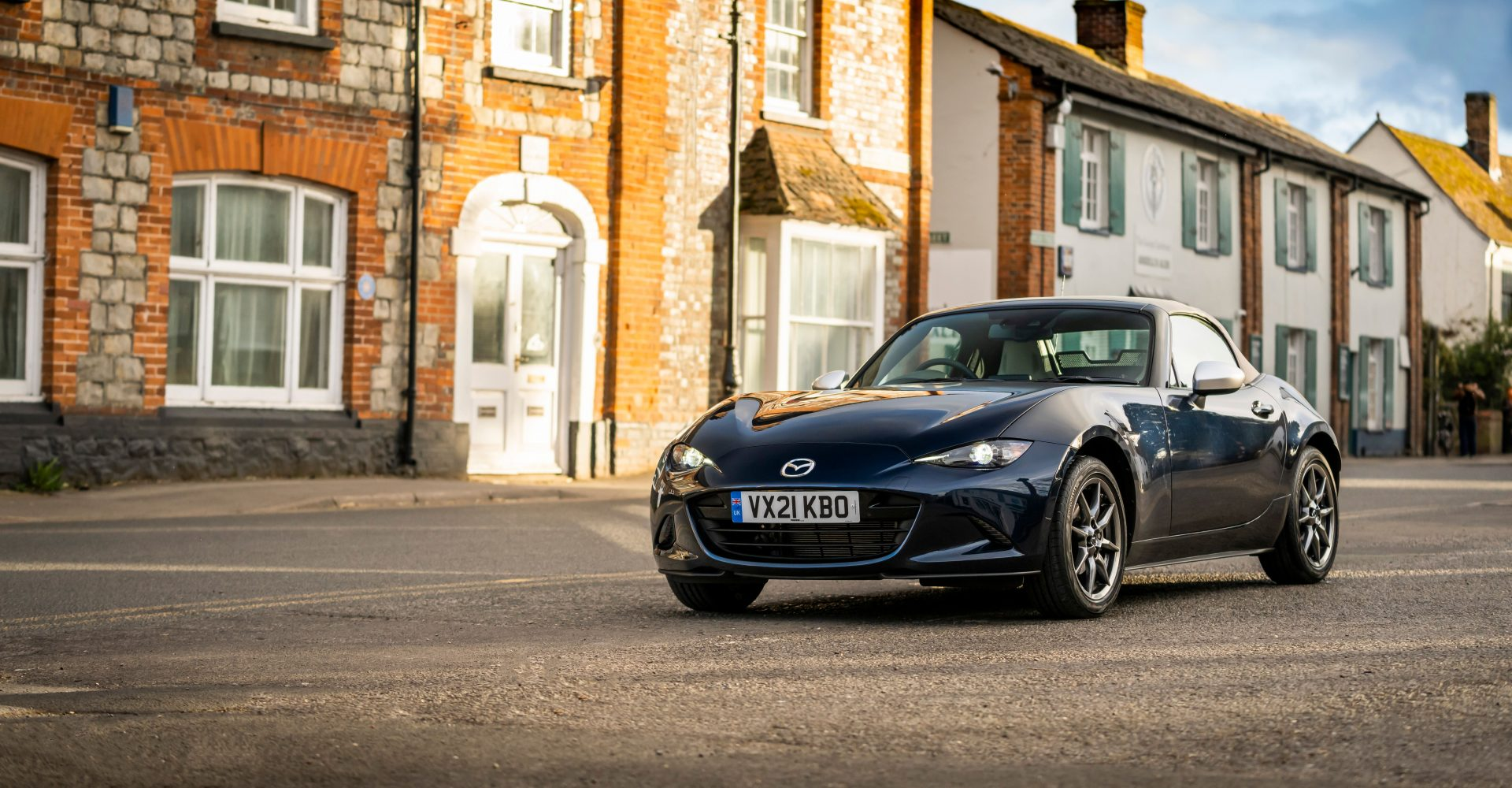 Mazda MX-5 range expanded with limited edition 'Sport Venture' model