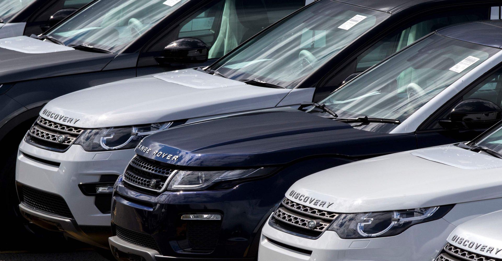 Auto Trader sees profits go into reverse, but shift online boosts outlook